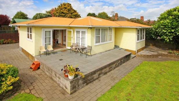 1/106 Browns Rd Manurewa is minutes away from Auckland Airport