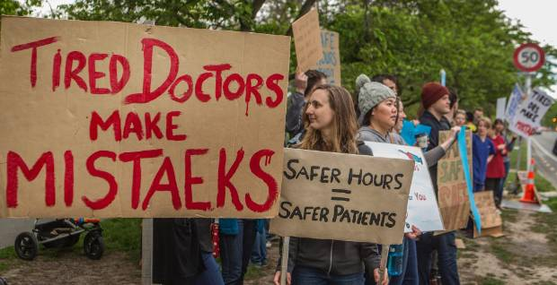 Protesting doctors outside Christchurch Hospital received a chorus of toots from passing vehicles