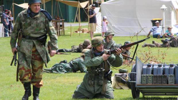 There will also be various battle re-enactments at Armistice Day.