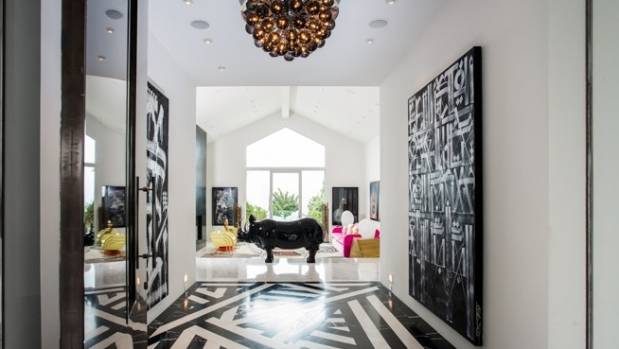 The interiors of Gewn Stafani and Gavin Rossdale's former home were designed by Kelly Wearstler.