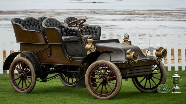 A 1902 Thomas.
