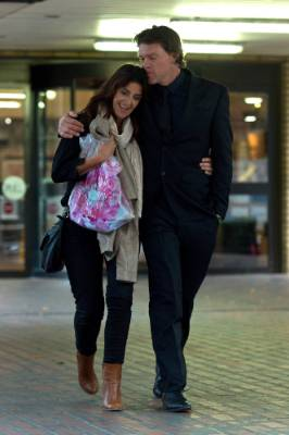 Lou Vincent exits Southwark Crown Court with his wife Susie after giving evidence in the perjury trial of former ...