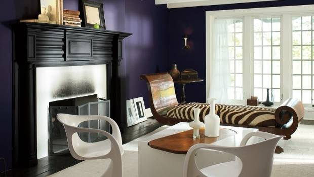 Shadow, a saturated dark purple, is the Benjamin Moore Colour of the Year 2017.
