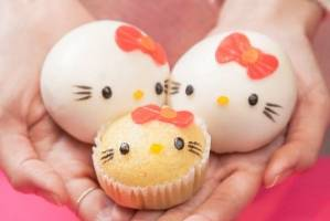 Adorable eats at Hello Kitty Chinese Cuisine Shop.