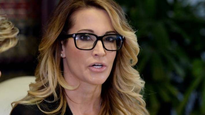 Adult film actress accuses Trump of offering money to come alone to