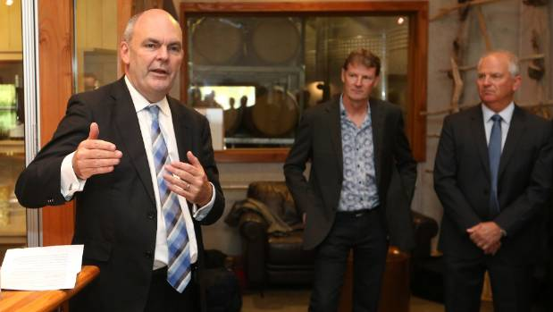 Science and Innovation Minister Steven Joyce announces government funding for the new Research Institute of Viticulture ...