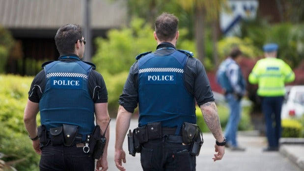 police patrolling methods Congressional oversight overlooked: police patrol vs fire alarms - much of the fire-alarm costs are borne by the citizens and interest groups.