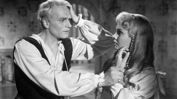 Laurence Olivier and Jean Simmons in Hamlet, the film that put Mac Jackson on the road to Stratford.