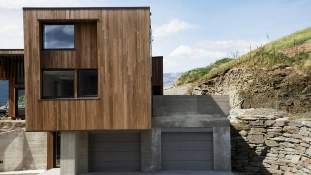 Grand designs nz castle rises above ruins for Best house designs nz