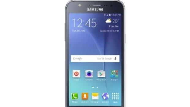 A French phone user says her Samsung Galaxy J5 exploded.