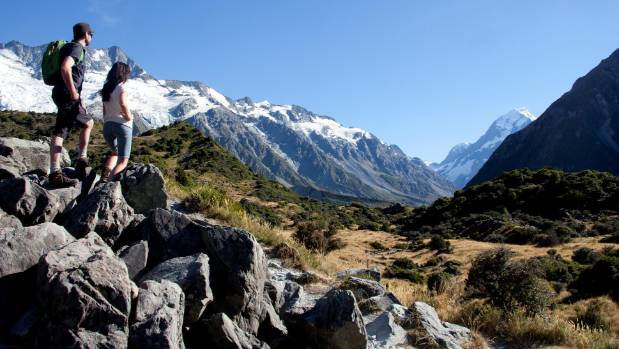 Aoraki Mount Cook, viewed her from the Hooker Valley, is a popular spot with tourists