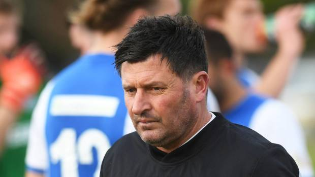 Hamilton Wanderers coach Mark Cossey says all the pressure is on Auckland City on Wednesday.