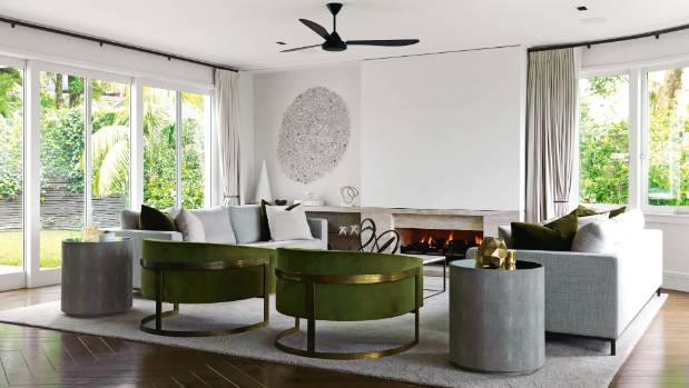 A glamorous 70s style with brass and lucite accents is what nz house garden