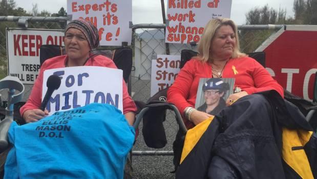 Pike River mine protesters Anna Osborne and Sonya Rockhouse.