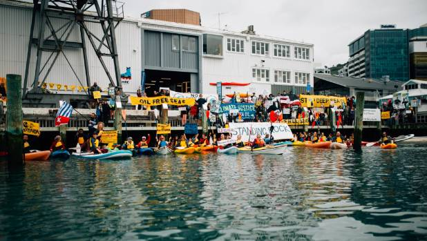 More protesters on Wellington's waterfront also stood in solidarity with those on the water.