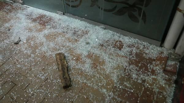 Quake damage seen in Wellington central.