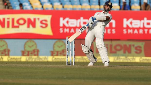 Rajkot Test: Virat Kohli, Alastair Cook disagree on pitch