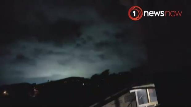 Strange lights appear in Wellington night sky during 2016's 7.8 magnitude Kaikoura earthquake.