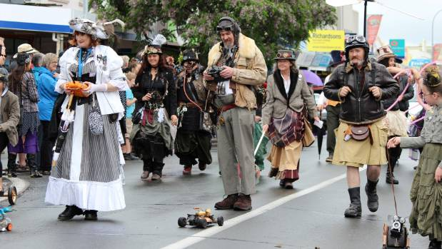 "Remote control cars are ""punked"" during the Steampunk Parade in Thames."