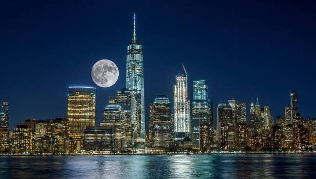 New York City got a stunning view of the supermoon as it rose on Sunday night (Monday afternoon NZT)