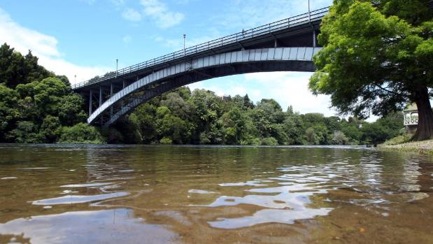 Some are suggesting costs of swimmable Waikato water could cripple many of the small towns in the region.