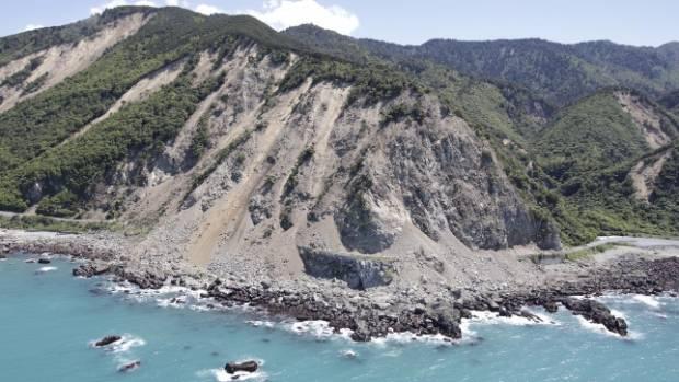 The huge Kaikoura slip as seen from the air.