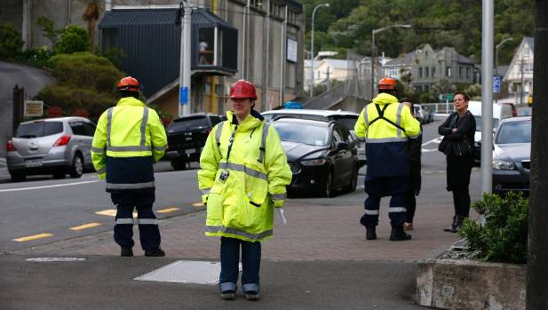 Cordons around quake-hit buildings and fluoro-clad officials have brought back memories from Christchurch - how would we ...