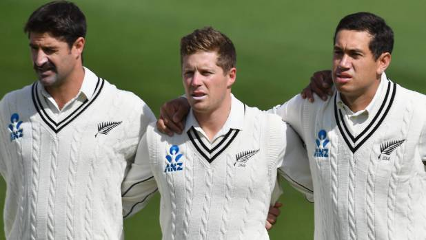 Debutant Colin de Grandhomme left Henry Nicholls middle and Ross Taylor during the New Zealand national anthem