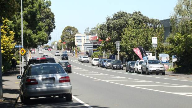 Great South Road is now a major transport route between Auckland commercial and suburban areas.