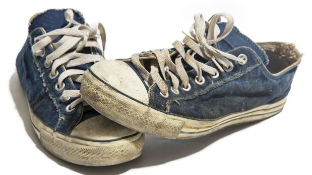Dirty sneakers can come up like new after a turn in the washing machine.