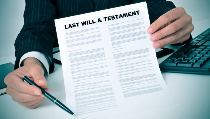 DIY wills can lead to legal and financial complications for you loved ones.