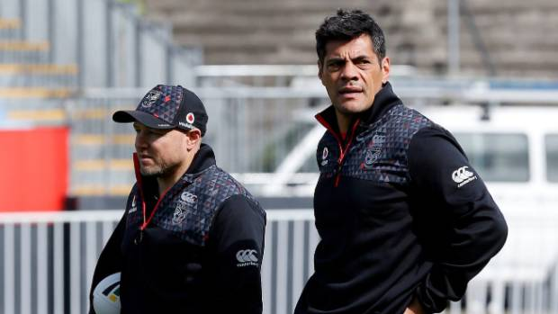 New head coach Stephen Kearney (right) is overseeing the Warriors defence along with former boss Andrew McFadden.