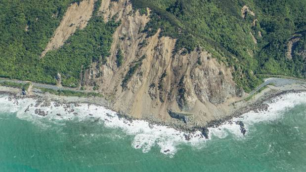 Rockfall on State Highway 1 after the Kaikoura earthquake.