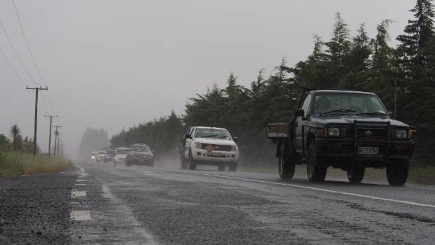 The first public vehicles drove into Kaikoura in a convoy on the Inland Road on Wednesday.