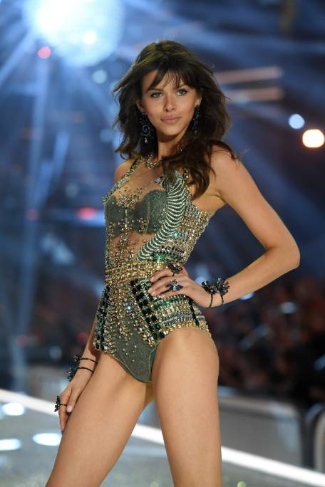 8109d41ac714 The Victoria's Secret Show is what a commercial mid-life crisis looks like  | Stuff.co.nz