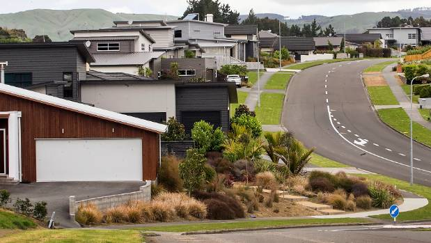 A shortage of listings is putting the squeeze on Palmerston North's housing market.
