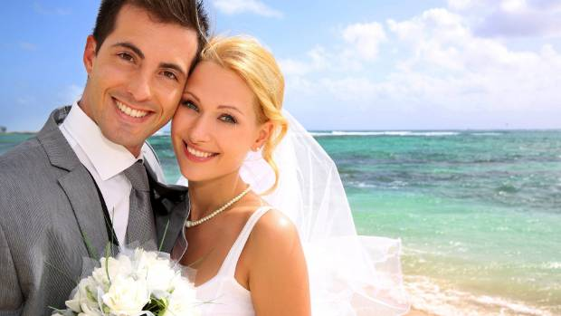 Kiwis are marrying later and divorcing less, is there a link between the two?