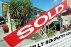 080611News.Photo:Donna Walsh/Waikato Times.  Real Estate for sale signs.  Sold sign - Homesell.  Hamilton