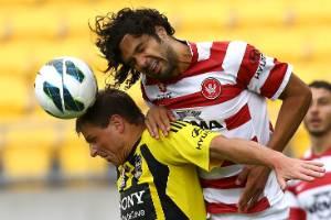 130113.sport.  Photograph Kent Blechynden/Dominion Post.   Football. Wellington Phoenix vs Western Sydney Wanderers. ...