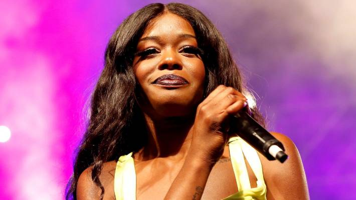 Azealia Banks clashes with Aer Lingus staff over pre-flight drama