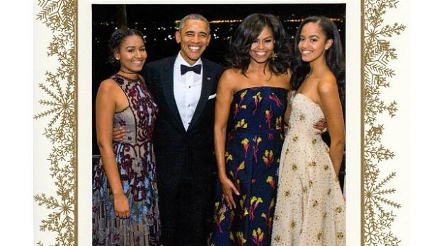 The Obama family's final White House Christmas card is beautiful ...