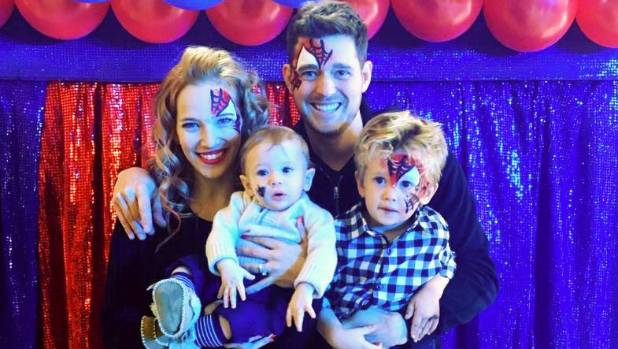 Michael Buble, Luisana Lopilato expecting third child