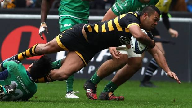 Kurtley Beale dives over for the first try on his Wasps's debut during the European Champions Cup match against Connacht.