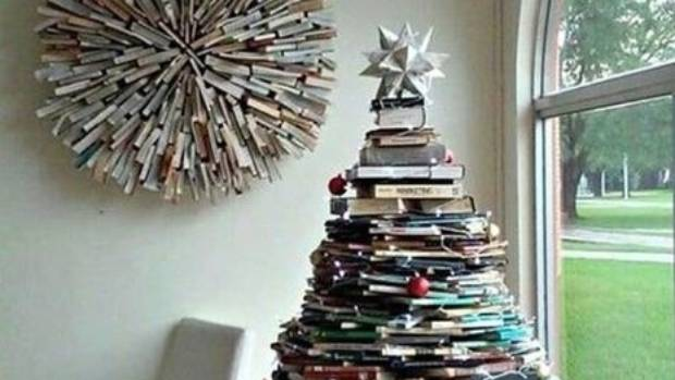 Christmas reading, at your fingertips.