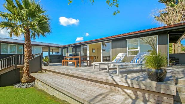 Queen's Drive house sold two weeks' ago to a Kiwi ex-pat at auction for $2.75m.