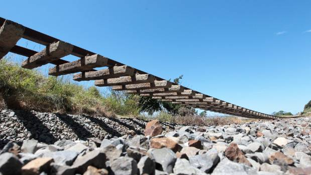 The railway line is suspended in midair near Waipapa Bay, north of Ohau Point.