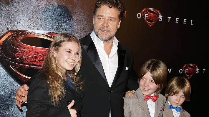 Russell crowe dating 2013