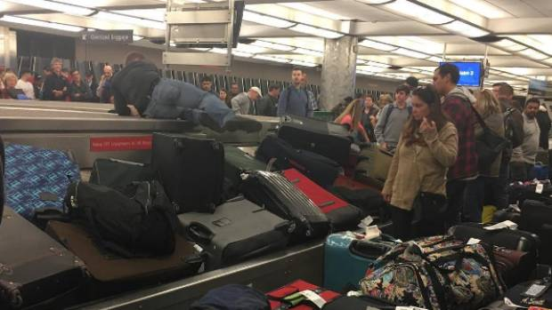 Frontier Airlines still recovering from weekend weather delays