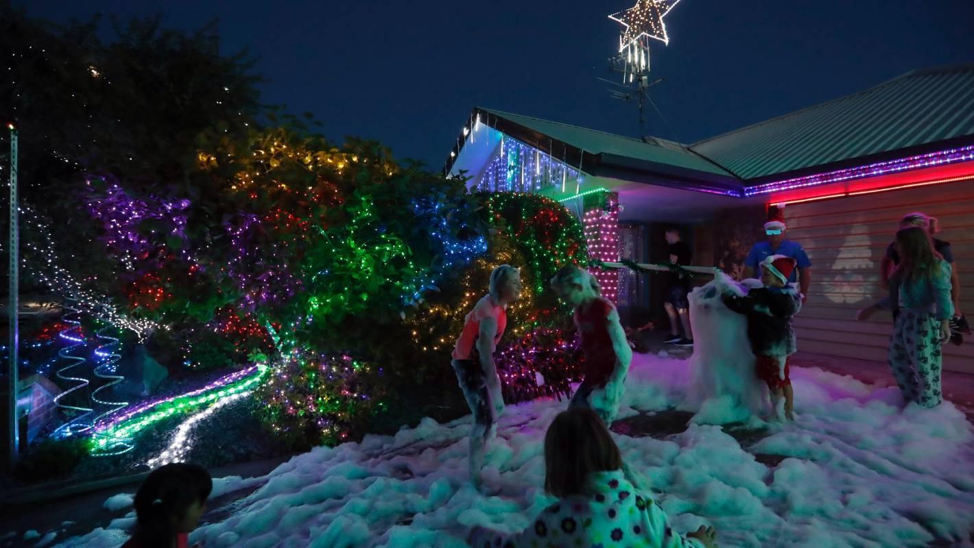 Christmas Lighting Richmond Va.Richmond Couple Creates Decade Long Christmas Light Legacy