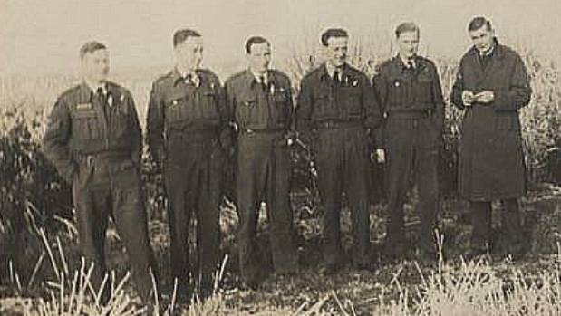 Six of the Mallow Crew in a picture taken by Bob Jay.  From left: Jim Haworth, Don Cook, Bill Mallon, Frank Symes, Denis ...